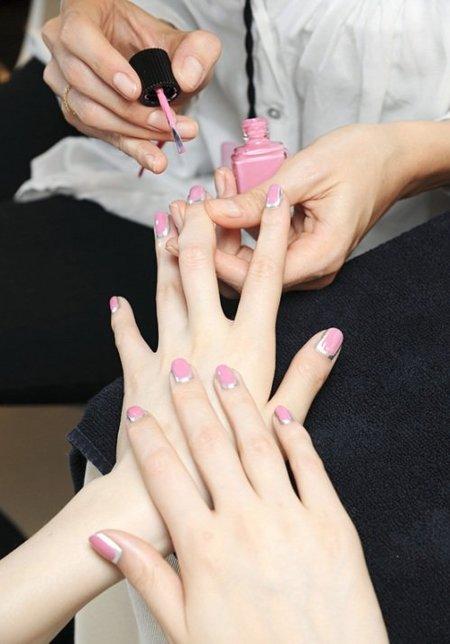 chanel-nails.jpg
