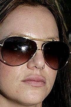 Los labios de Britney Spears se dilatan