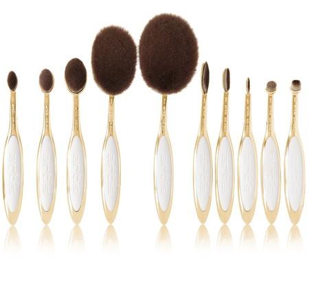 Brochas de maquillaje de Artis Brush