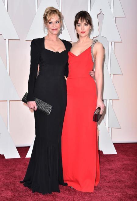 Melanie Griffith Dakota Johnson Oscar 2015 2