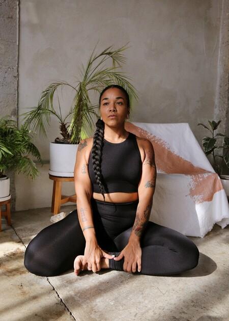 yoga deporte &other stories