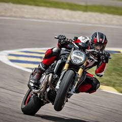 Foto 40 de 68 de la galería ducati-monster-1200-s-2020-color-negro en Motorpasion Moto
