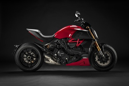 Ducati Diavel 1260 2020 001