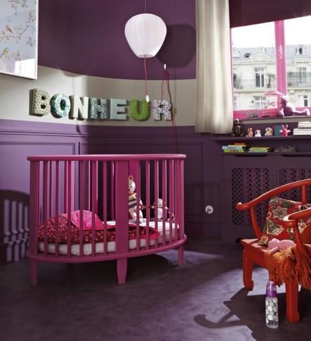 El bebé empieza a gatear: claves para una habitación segura