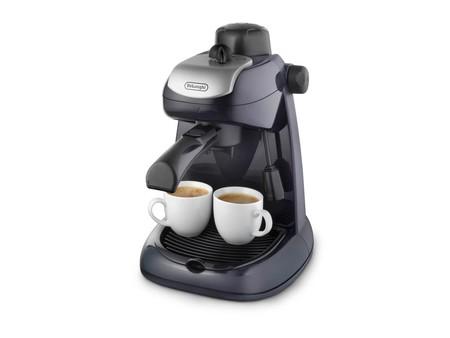 La cafetera De Longhi EC 7 está rebajada a 57,99 euros en Amazon con envío gratis