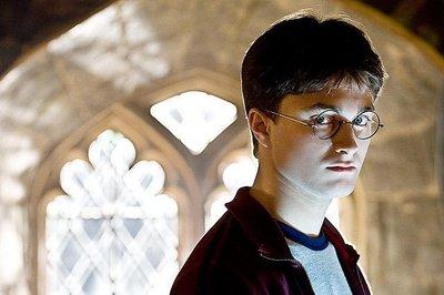 Daniel Radcliffe te confiesa haber sido alcohólico como quien confiesa su pasión por el jamón serrano