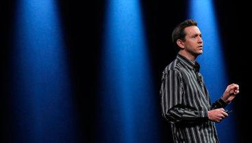 Scott Forstall no tiene más que buenas palabras para Apple mientras triunfa en Broadway