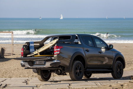 Fiat Fullback Cross: cargando con el segmento del ocio