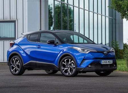 ¡Sorpresa! El Toyota C-HR ha sido el coche híbrido más vendido en el mundo este año