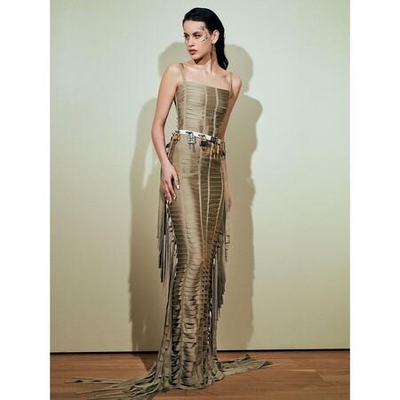 Milena Smit de Givenchy