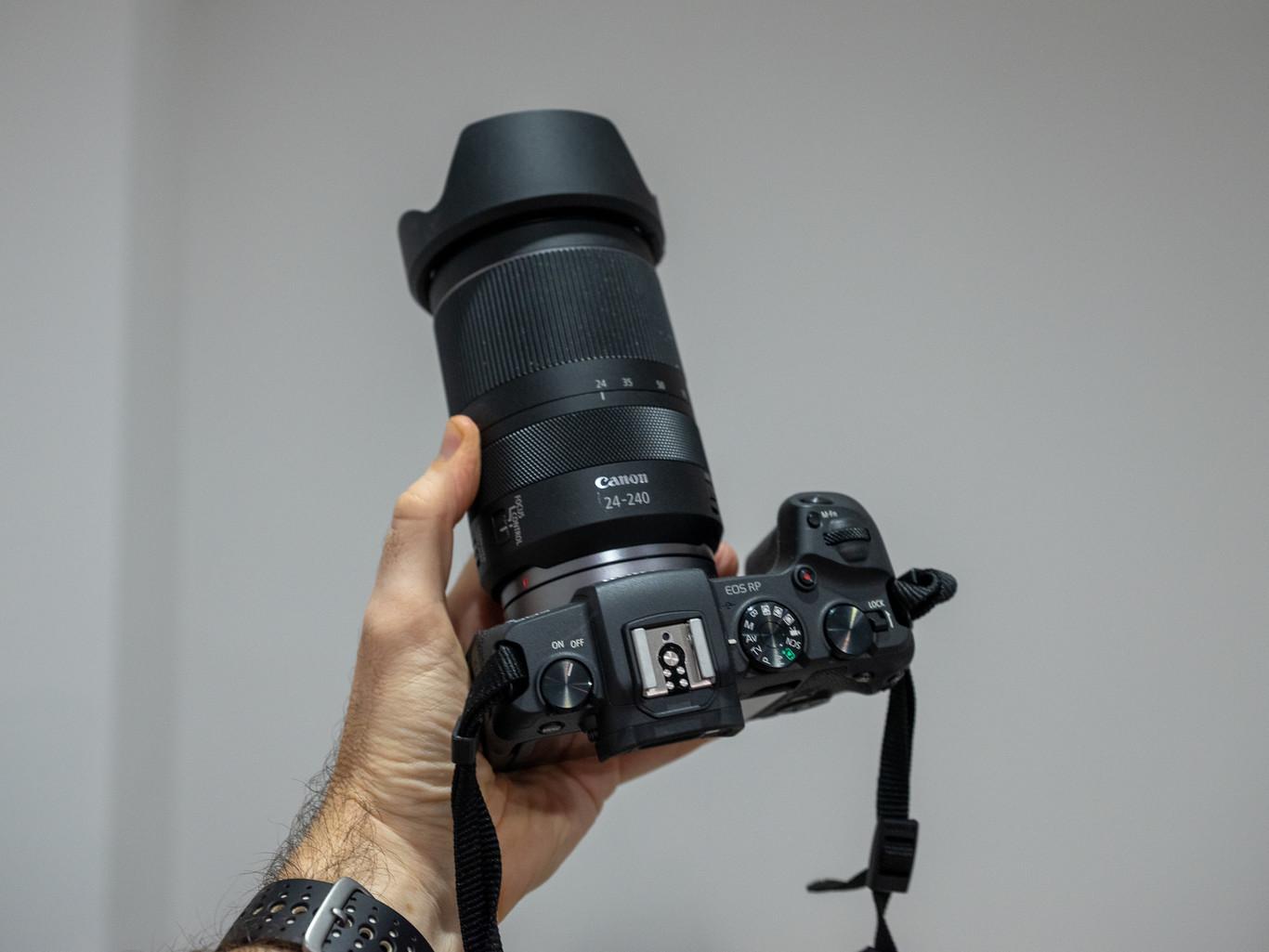 Canon RF 24-240 mm f/4-6,3 IS USM, análisis: un zoom todoterreno ligero que cumple correctamente