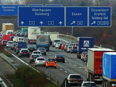 Alemania para los alemanes, y los conductores extranjeros que paguen por usar sus autopistas