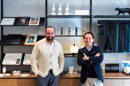 Gorka Arana Managing Director De Laufen Espana Y El Interiorista Pepe Leal En Laufen Space Madrid