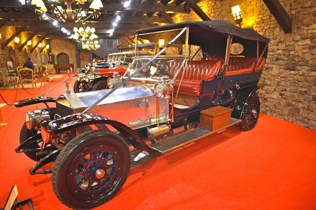Visitamos una de las colecciones más grandes del mundo de coches Rolls-Royce. ¡Y puedes verla a un paso de Bilbao!#source%3Dgooglier%2Ecom#https%3A%2F%2Fgooglier%2Ecom%2Fpage%2F%2F10000