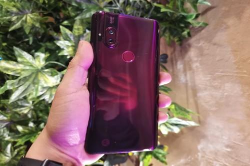 Motorola One Hyper, primeras impresiones: la cámara es lo de menos, lo de más es su batería, los 64 megapixeles y Android 10
