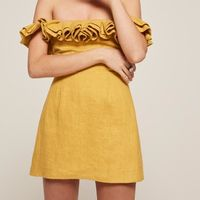 Hailey Baldwin protagoniza un duelo de estilo con una instagrammer española, ¿quién gana la batalla estilística?