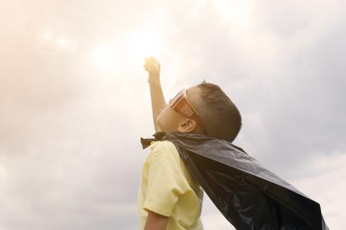 Cómo enseñarle a tu hijo a ser optimista