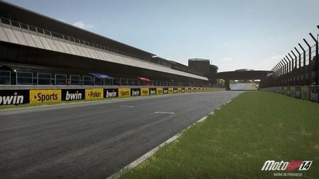 MotoGP 14 muestra el circuito de Jerez en PS4... ¡sin motos!