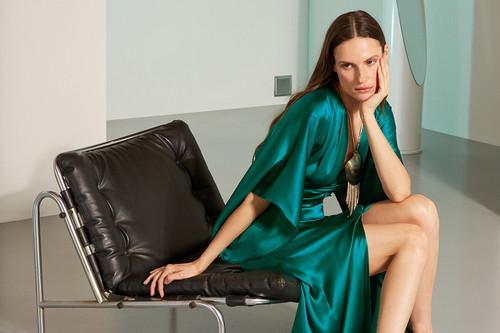 Los vestidos de fiesta más bonitos de la temporada añadirán color y glamour a tus noches