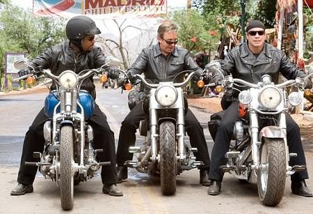 Comprarte una Harley o apuntarte a un triatlón: así es la crisis de la mediana edad