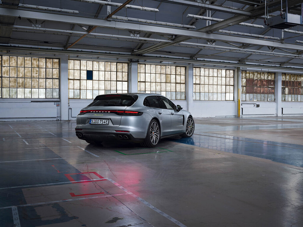 Porsche Panamera Turbo S E-Hybrid: el nuevo híbrido enchufable de 700 CV es ahora el Porsche con motor de combustión más potente