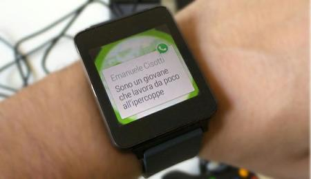 Con WhatsApp para Android Wear ahora podremos contestar mensajes por medio de la voz