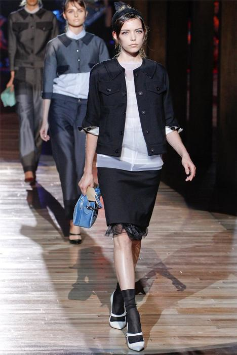 Foto de Marc Jacobs Primavera-Verano 2012 (18/46)
