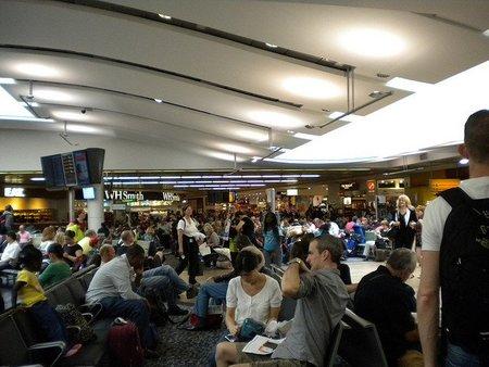 Los aeropuertos de Londres están colapsados ¿soluciones?