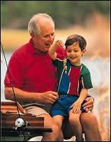 Cuidar de los nietos no afecta al bienestar de los abuelos