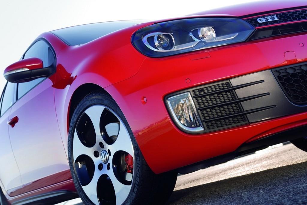 Foto de Volkswagen Golf GTi 2010 (31/38)