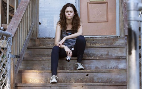 'Shameless', Emmy Rossum pide cobrar más que William H. Macy