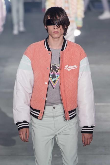 Hombres de rosa: el primer color de moda que nos deja la Fashion Week de París para el verano