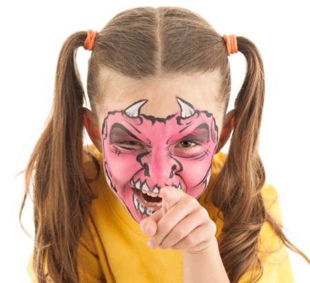 Siete ideas de maquillaje infantil para halloween for Cara pintada diablo