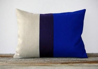 Complementos en Dazzling Blue para llenar de color la primavera de 2014, como manda Pantone