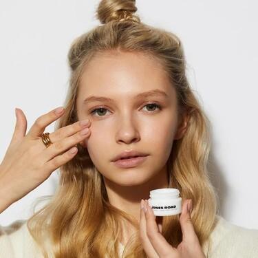 Tras el lanzamiento de la firma de maquillaje Jones Road, ahora Bobbi Brown apuesta por los cuidados de la piel