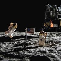 Este fotógrafo ha recreado el viaje del Apollo 11 con piezas de Lego como homenaje a los héroes que llegaron a la Luna