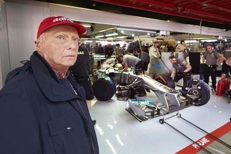 Niki Lauda ve positivo el cambio de los Pirelli