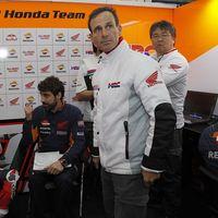 El drama de Honda: Alberto Puig se rompe un brazo y se suma a las lesiones de Márquez y Lorenzo