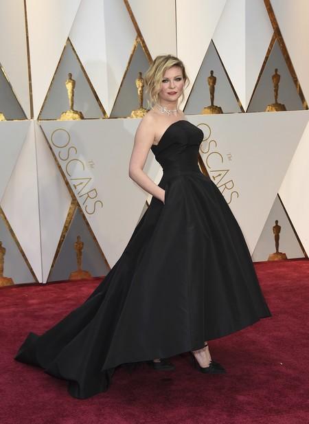 Kirsten Dunst Dior Oscars2017