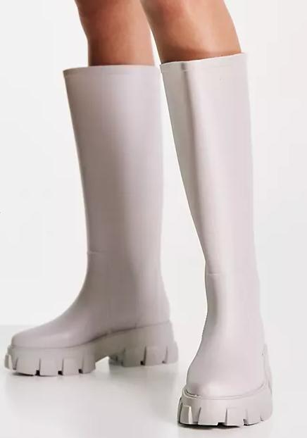 Botas de agua por la rodilla grises con suela gruesa Gracie de ASOS DESIGN