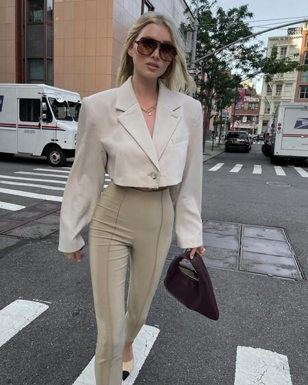 Las chaquetas cortas están de moda: cinco looks para inspirarte a llevarlas