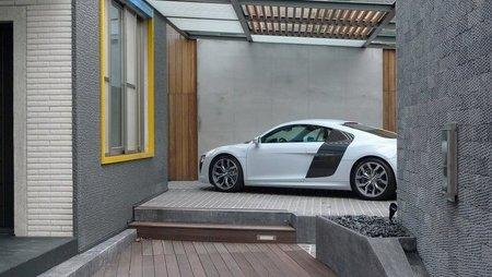 El garaje de un super fan de Audi