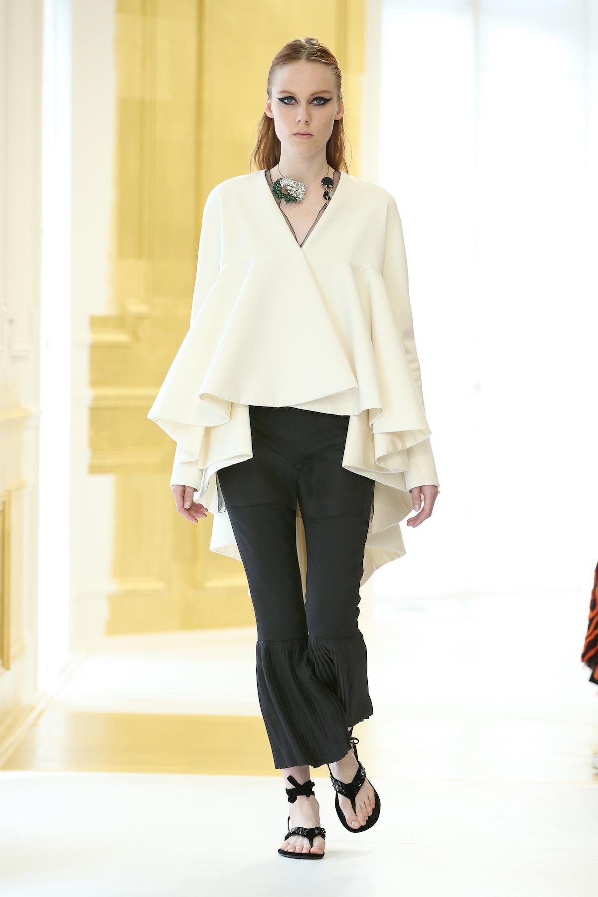 Foto de Dior Alta Costura Invierno 2016 (4/46)