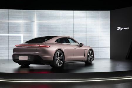 Porsche Taycan 2021 006