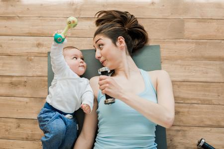 Los bebés entienden cuándo les imitamos y les encanta: crea un vínculo y capta su interés