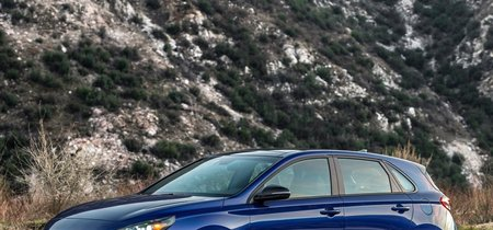 El Hyundai Elantra GT N-Line se viste de deportivo sin intención de cruzar frontera mexicana