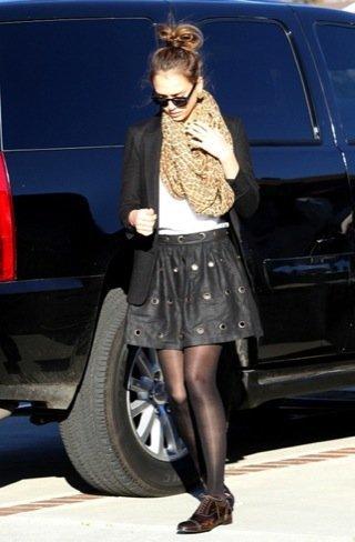 Jessica Alba look calle