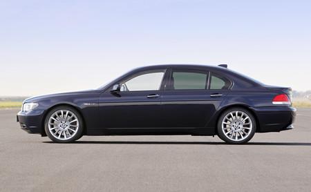 Seis claves que debes tener en cuenta antes de comprar un coche de lujo de segunda mano
