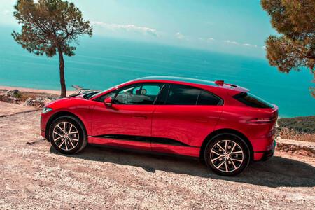 Jaguar I-Pace, rival del Mercedes-Benz EQA
