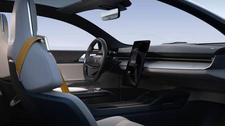 Más allá de Android Auto: qué es y cómo funciona Android Automotive, el sistema operativo integrado para coches